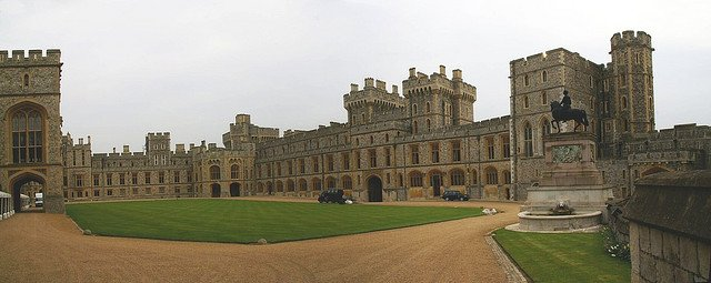 Windsor Castle by: Jean-Marc Astesana (CC)
