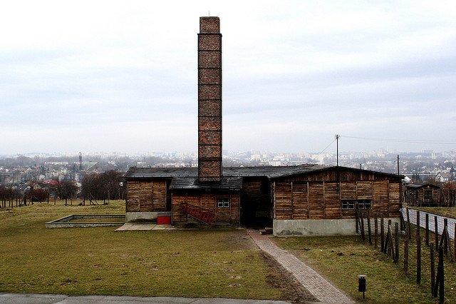 Majdanek by: Jean & Nathalie (CC)