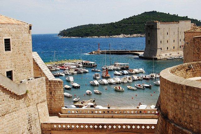 Dubrovnik by: Elena (CC)