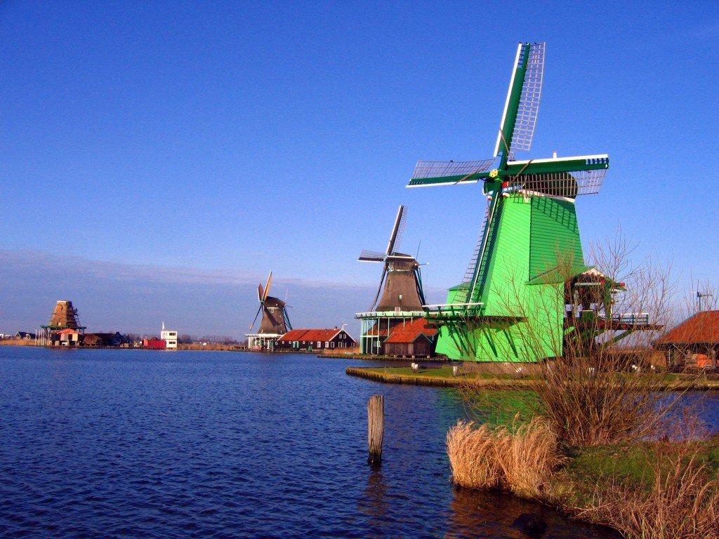 Windmills_in_Zaanse_Schans
