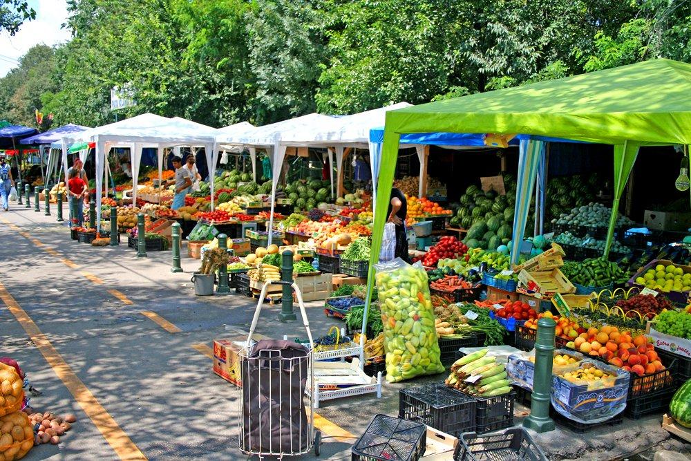 Food Market in Bucharest by: Lydur Skulason