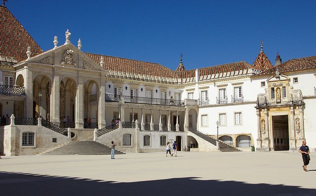 Courtyard of the University of Coimbra by: Debarshi Ray (CC)