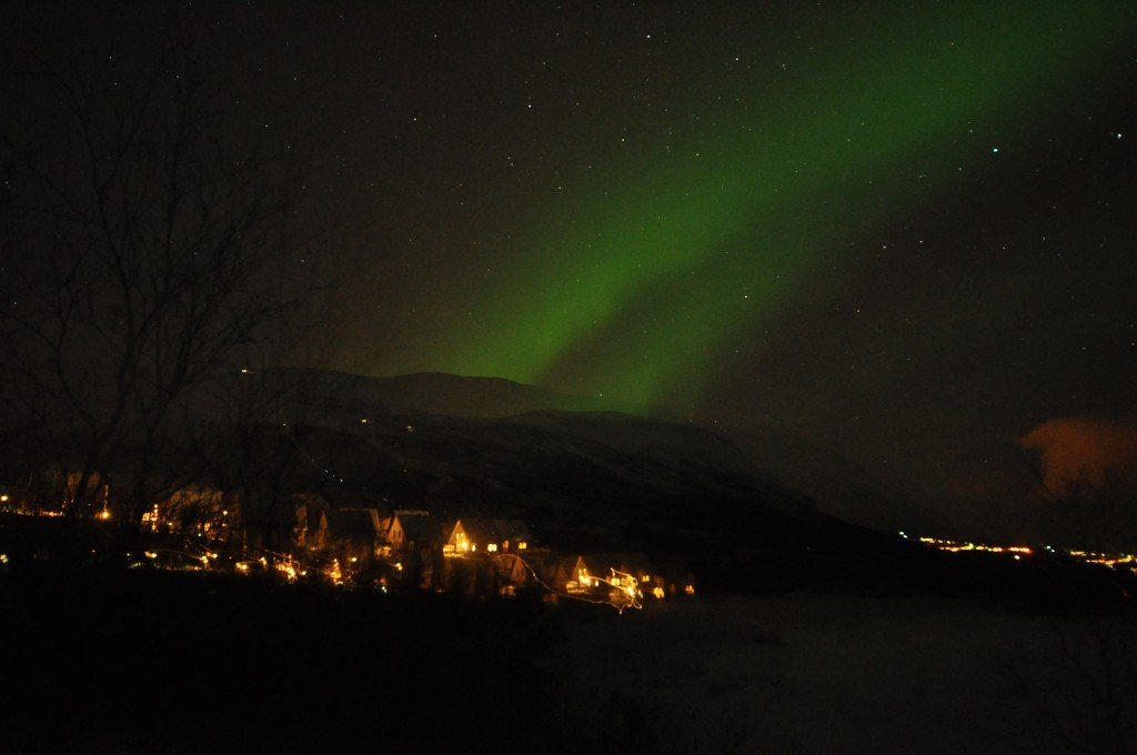 Northern lights in Abisko, Sweden by: Azchael (CC)