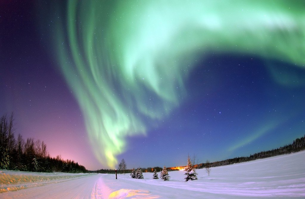 Aurora borealis near Bear Lake, Alaska by: Beverly and Pack (CC)
