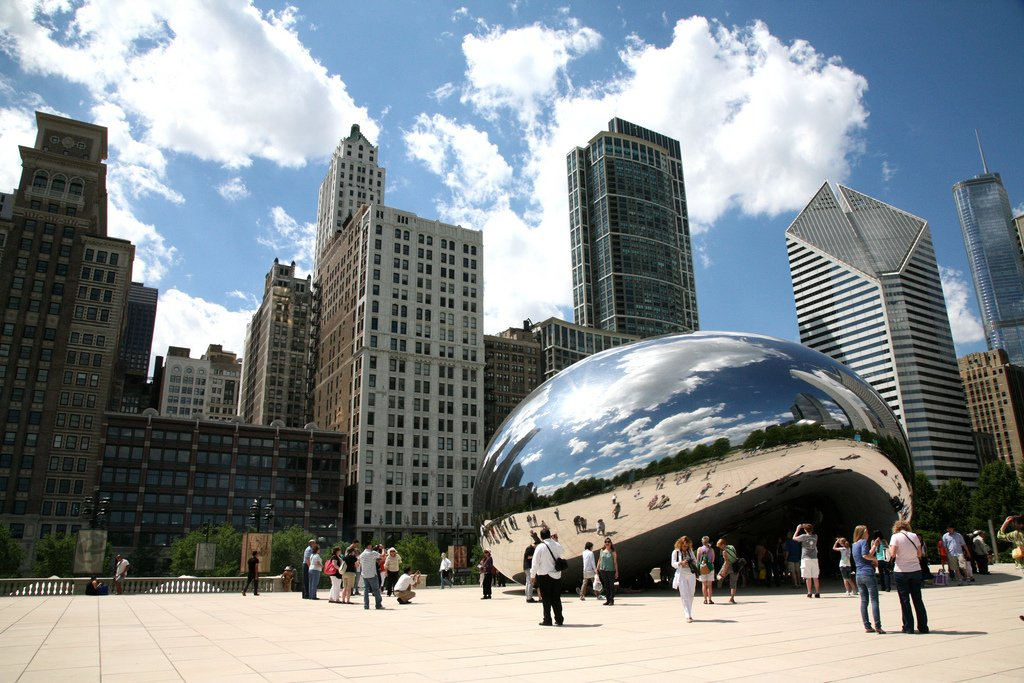 "Chicago (ILL), Millennium Park, Cloud Gate : "" the Bean "" Anish Kapoor 2004-06 by (vincent desjardins) (CC)"