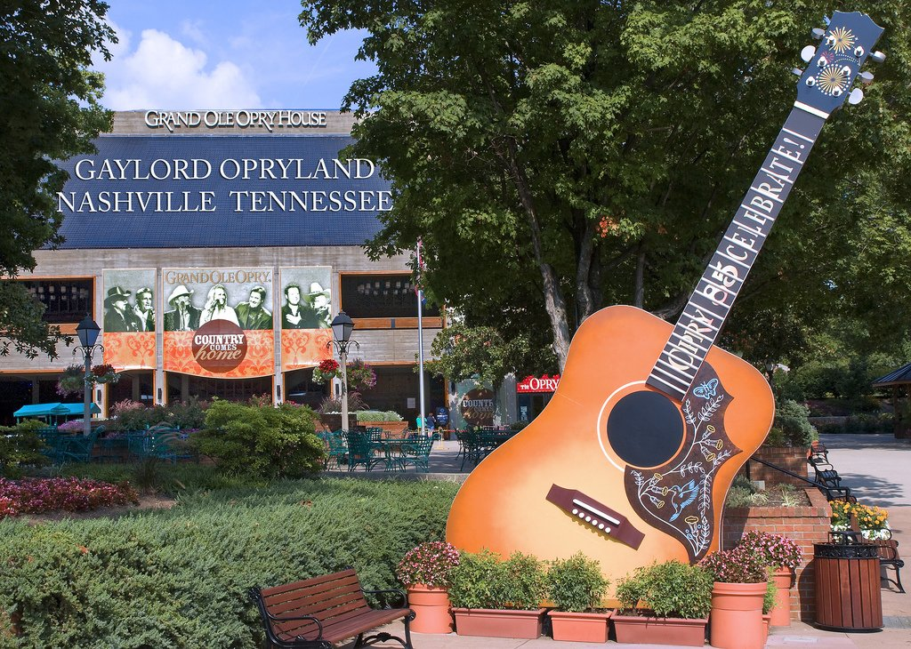 Grand Ole Opry House -- Opryland Nashville (TN) July 2011 by Ron Cogswell (CC)