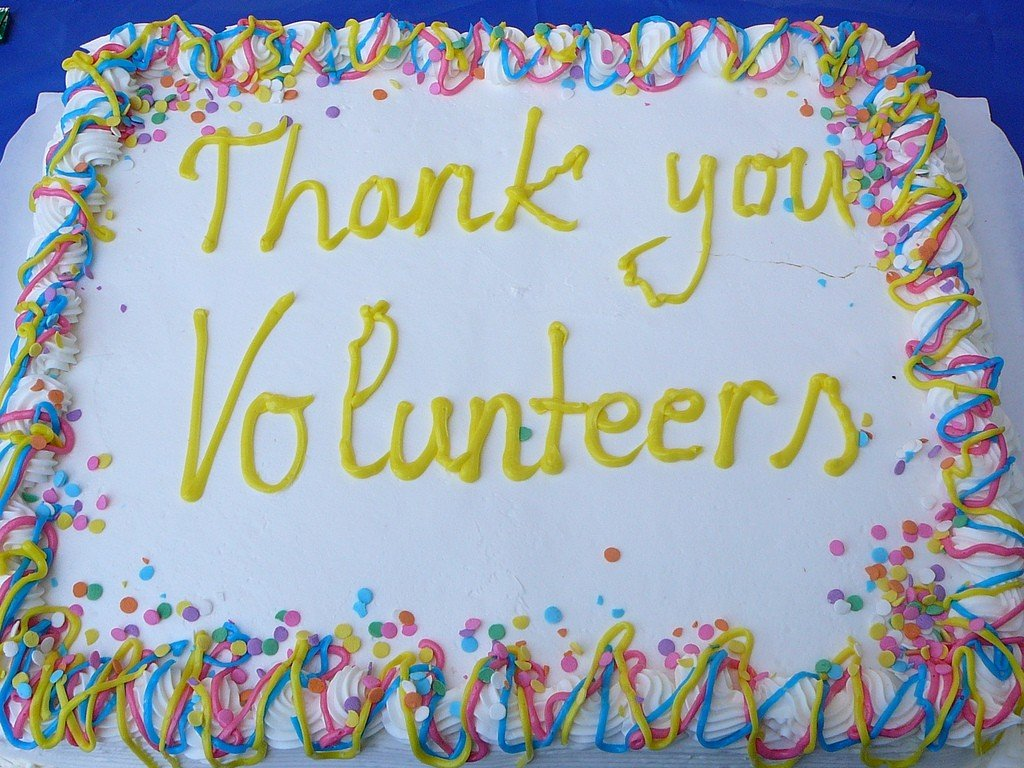 Thank you volunteers cake by: San Jose Library (CC)