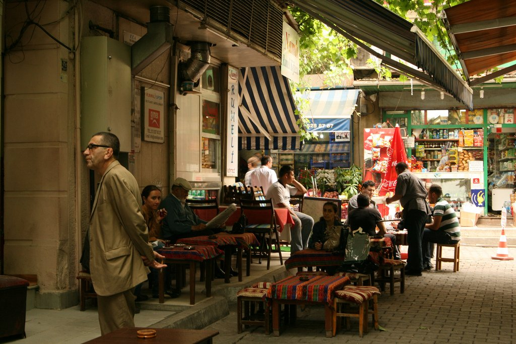 Cafe life in Istanbul by amitd (CC)