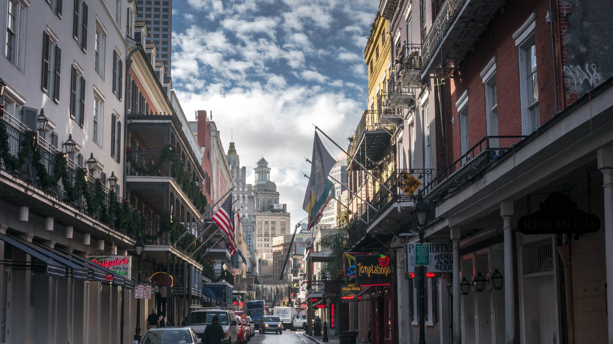 Bourbon Street New Orleans by: Eric Gross (CC)