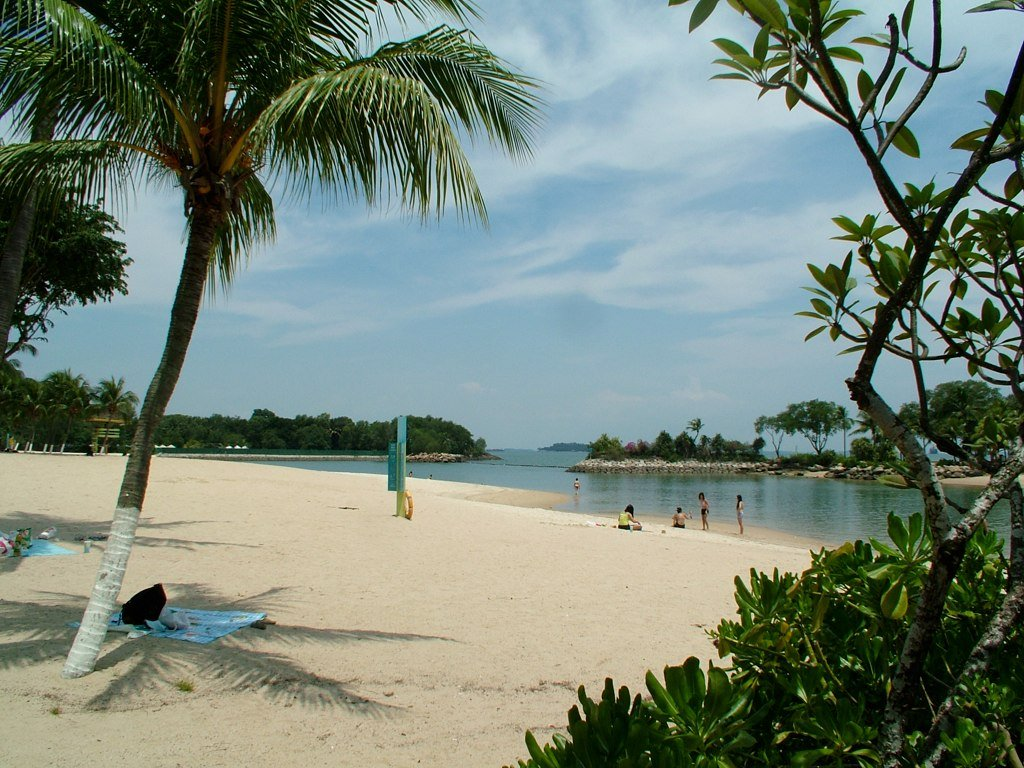 Palawan Beach by: Goynang (CC)