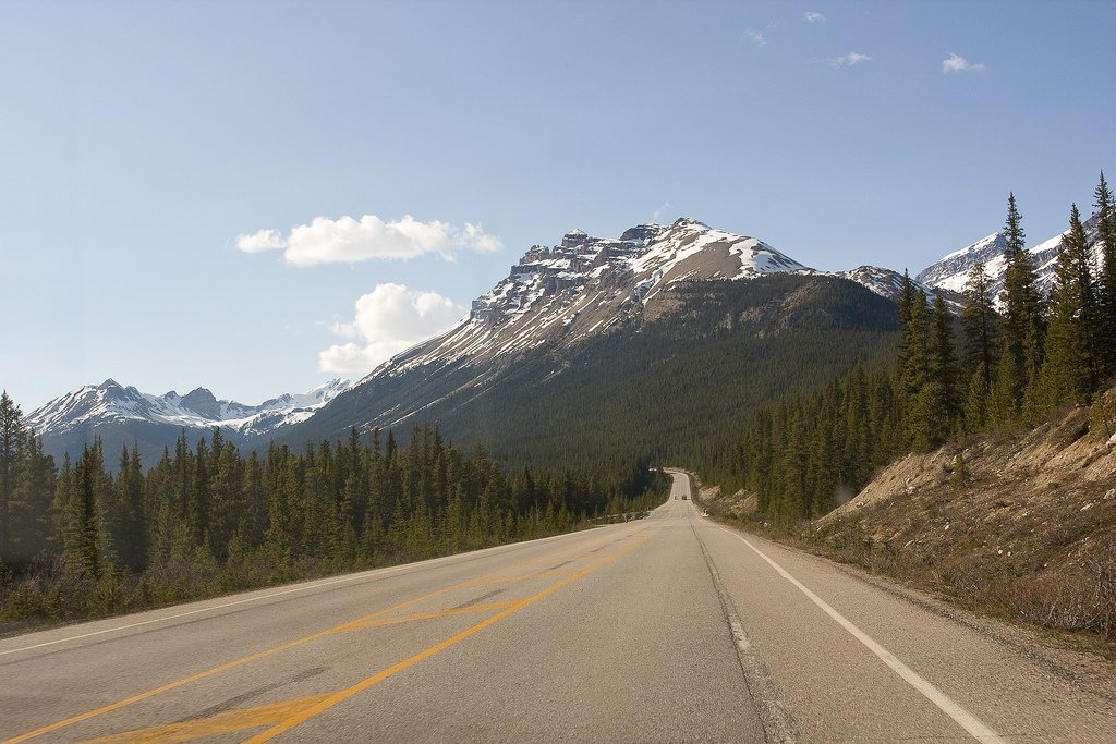 Icefields Parkway by: Marc Evans (CC)