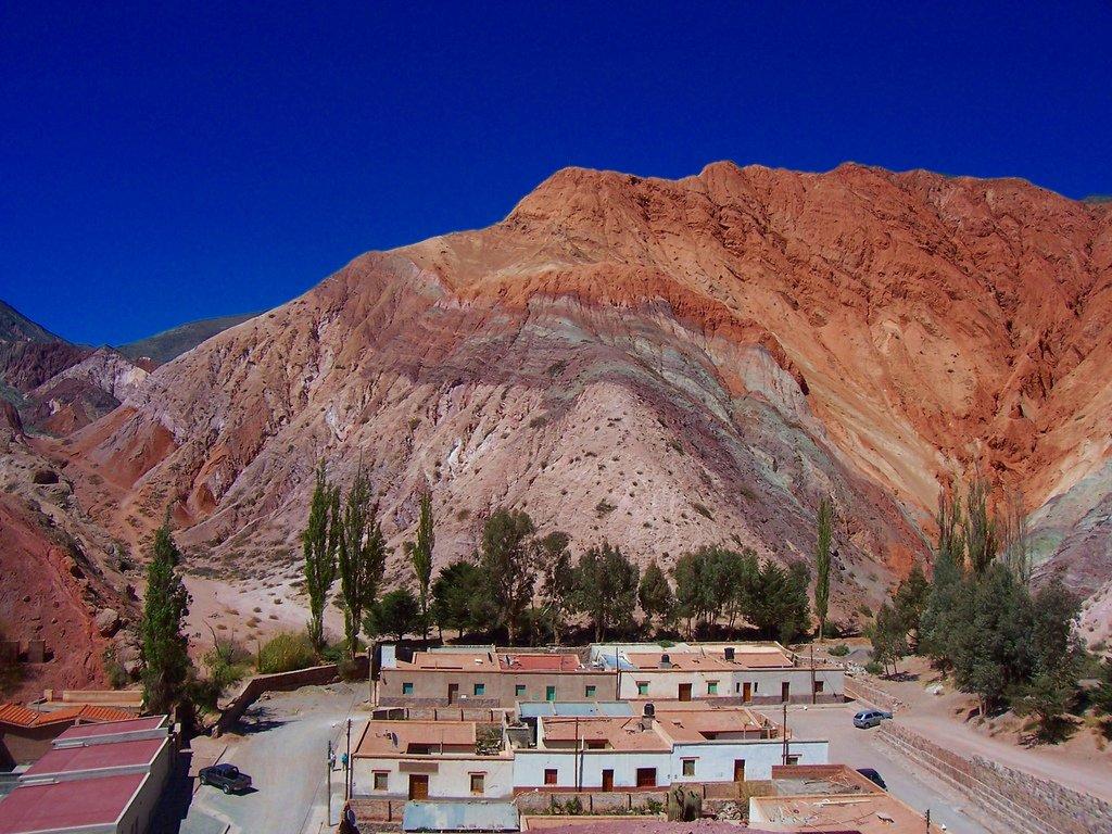 Cerro de los Siete Colores (Purmamarca, Jujuy) by Leandro Kibisz (CC)