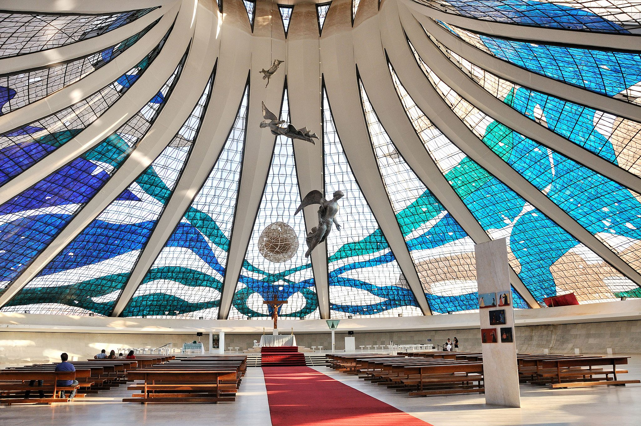 Cathedral of Brasilia by Cayambe (CC)