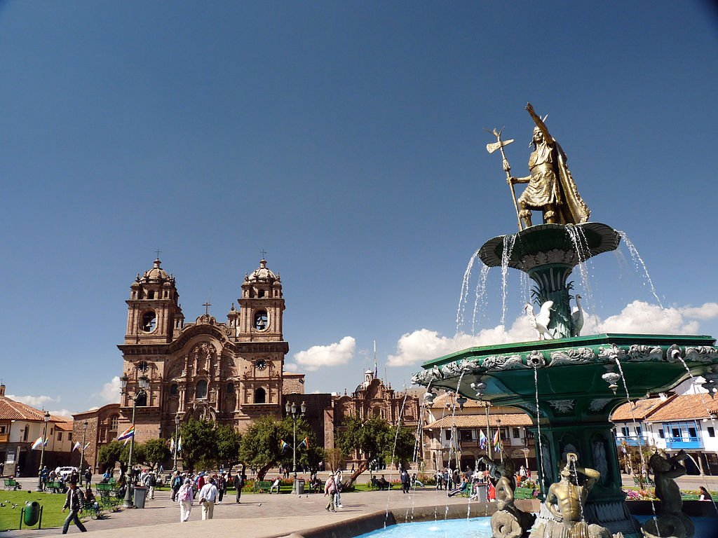 Plaza de Armas Cusco by karlnorling (CC)
