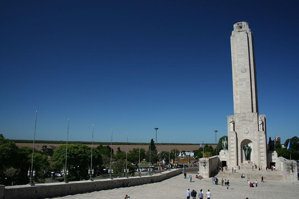 Monumento Histórico Nacional a la Bandera by Kved (CC)
