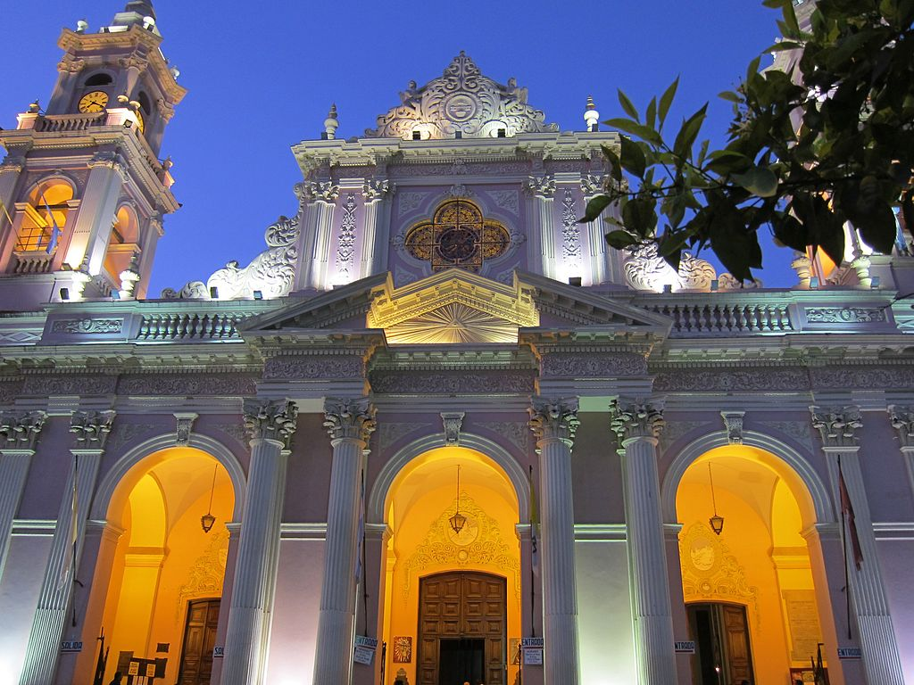 Salta Cathedral by butforthesky.com (CC)