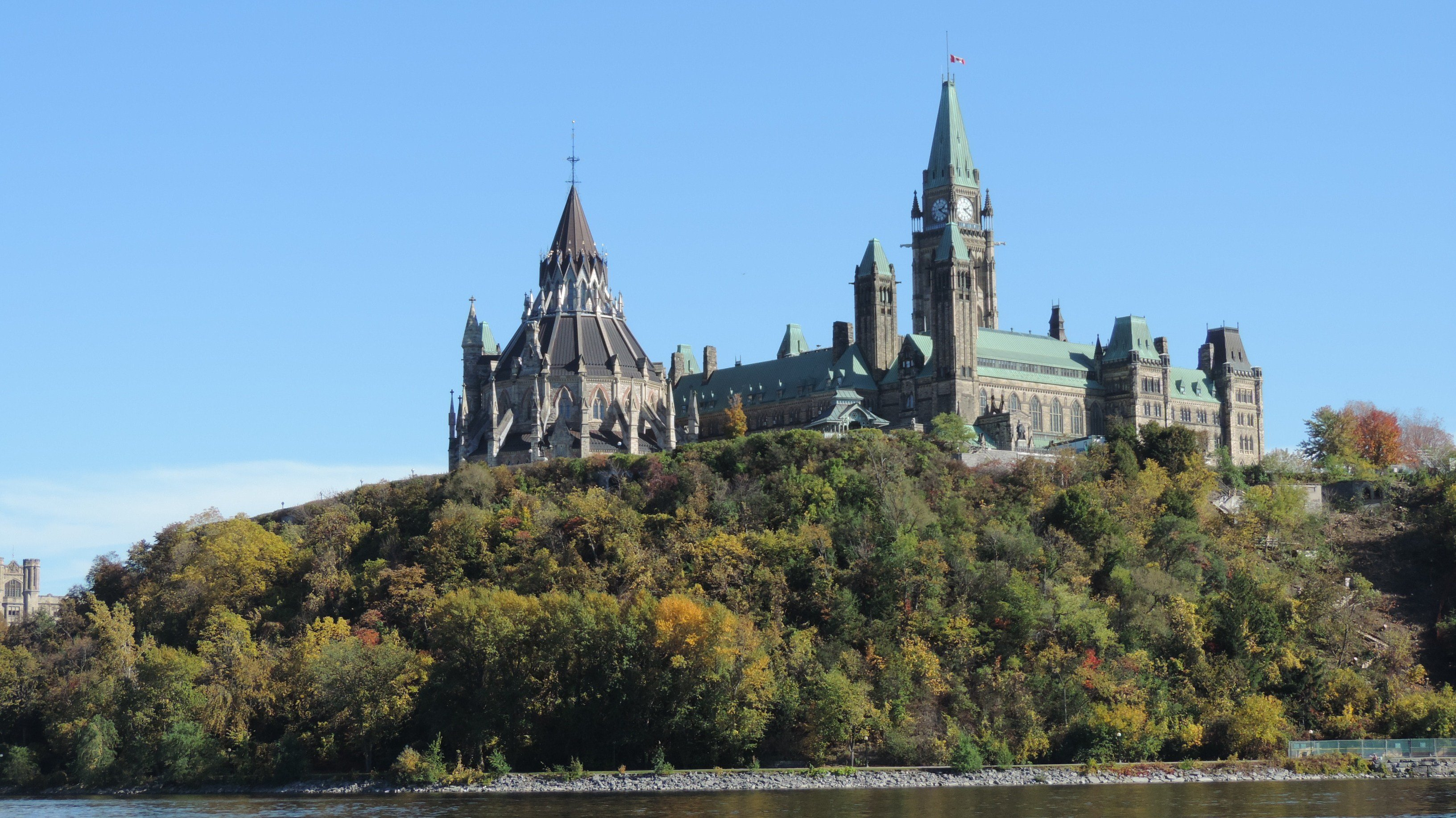Top places to visit in ottawa canada for Canadian cities to visit
