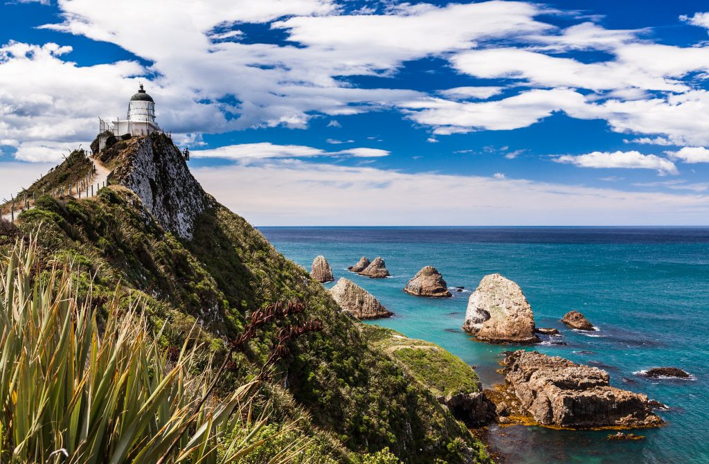 Nugget Point, The Catlins | © Russell Street / Flickr